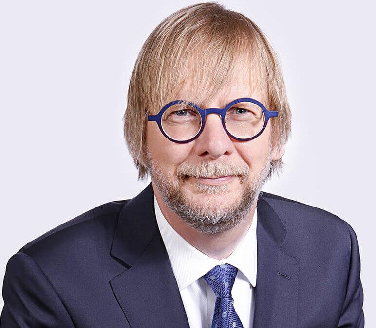 DR. JOHN OLDENHOF